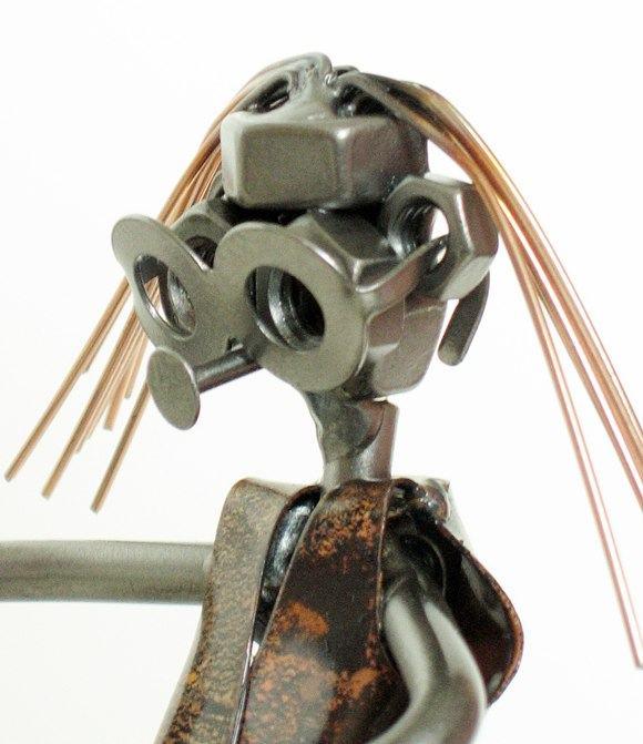gitarzysta figurka z metaloplastyki